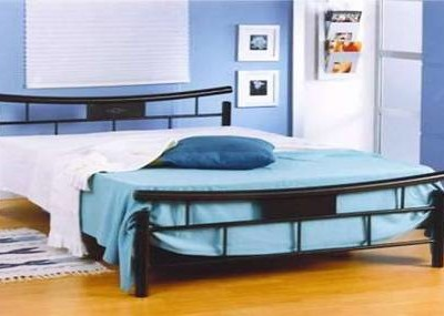 Black metal bed