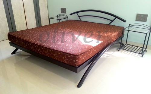 Metal double beds in Mumbai
